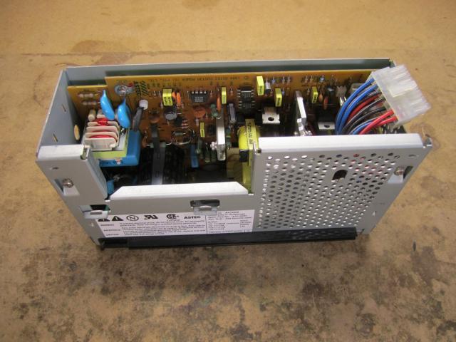 Copyright (c) Sergey B. Voinov. Repairing  Macintosh Performa 630.